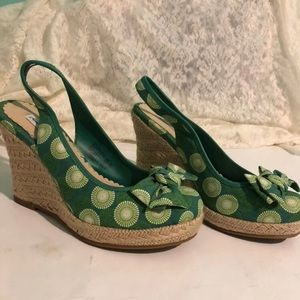 American Eagle Outfitters Shoes - 90s wedges
